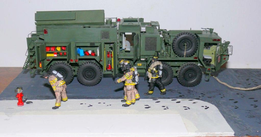 HEMTT M1142 Tactical Fire Fighting Truck TFFT de Trumpeter au 1/35 - Page 5 Hemtt965