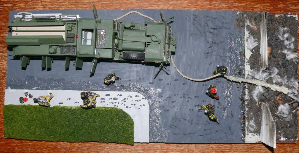 HEMTT M1142 Tactical Fire Fighting Truck TFFT de Trumpeter au 1/35 - Page 5 Hemtt981