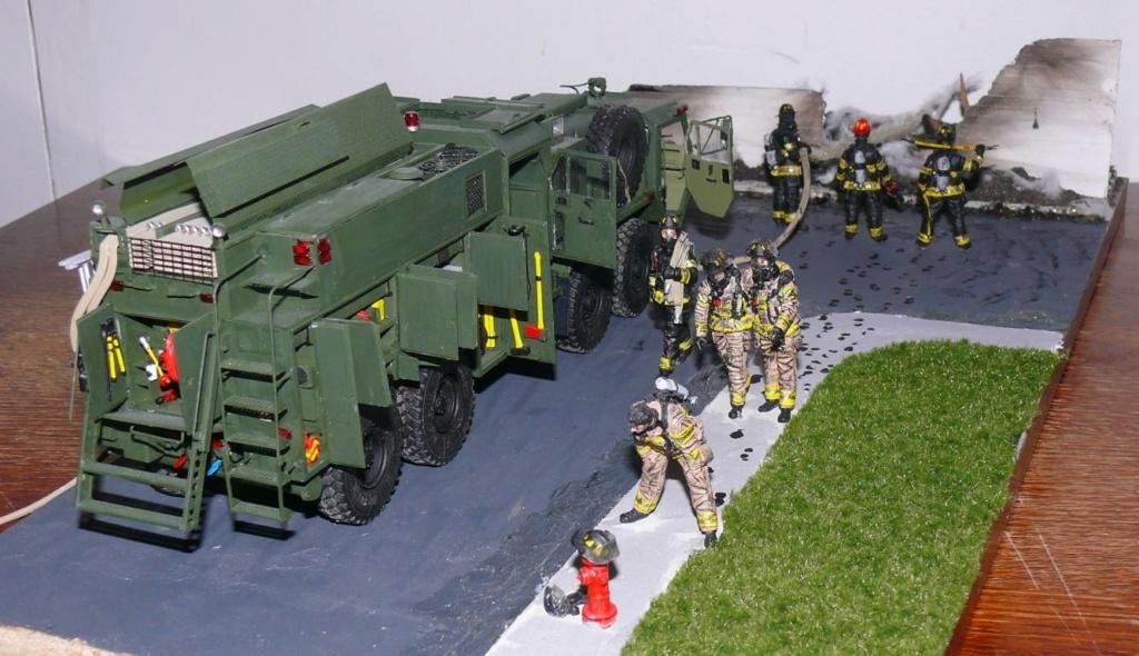 HEMTT M1142 Tactical Fire Fighting Truck TFFT de Trumpeter au 1/35 - Page 5 Hemtt986