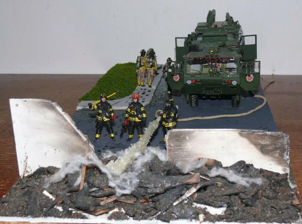 HEMTT M1142 Tactical Fire Fighting Truck TFFT de Trumpeter au 1/35 - Page 5 Hemtt996