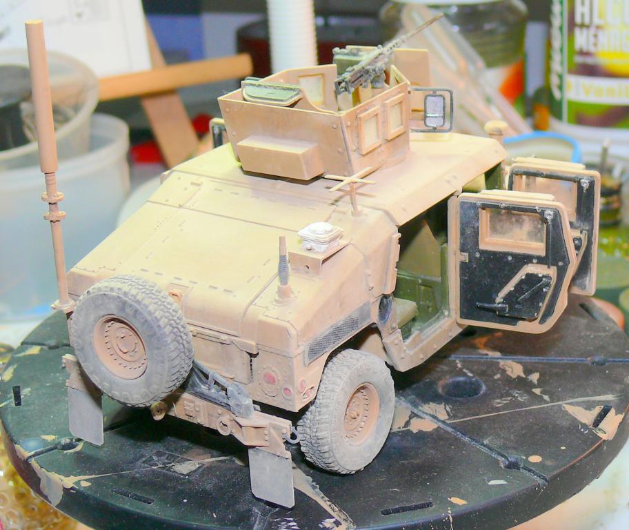 M1151 au 1/35 de ACADEMY M1151-33