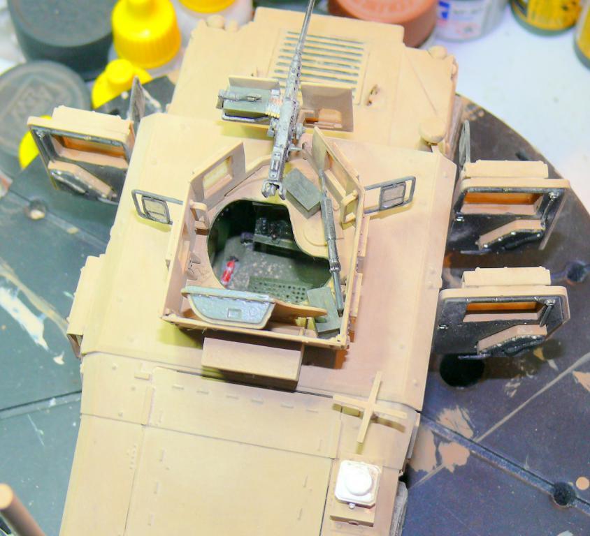 M1151 au 1/35 de ACADEMY M1151-37