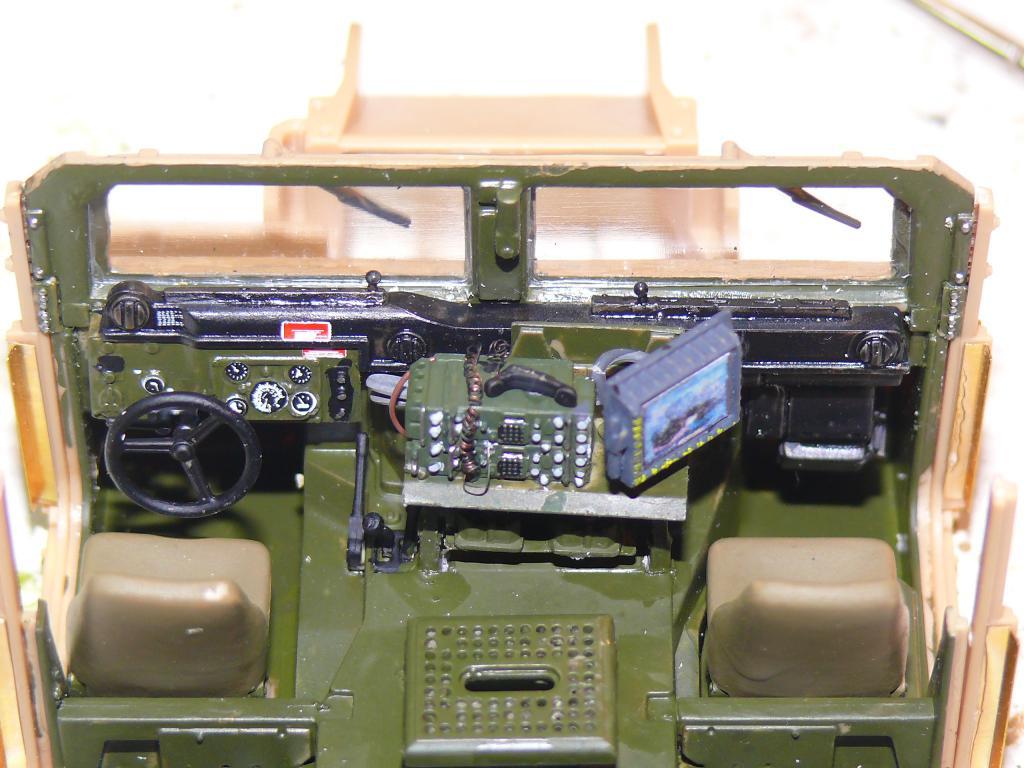M1151 au 1/35 de ACADEMY M1151_24