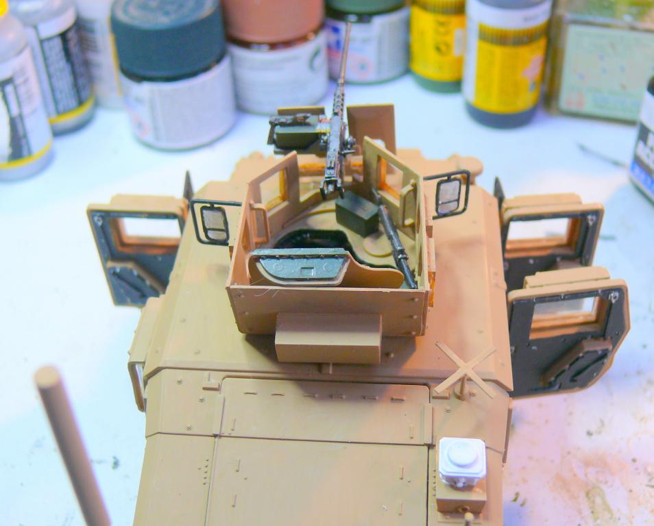 M1151 au 1/35 de ACADEMY M1151_49