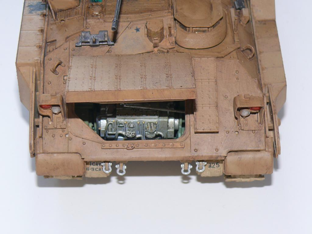 M3A3 BRADLEY w/BUSK III U.S. CAVALRY FIGHTING VEHICLE DE MENG Au 1/35 - Page 2 P1300517