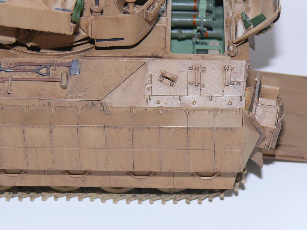 M3A3 BRADLEY w/BUSK III U.S. CAVALRY FIGHTING VEHICLE DE MENG Au 1/35 - Page 2 P1300528