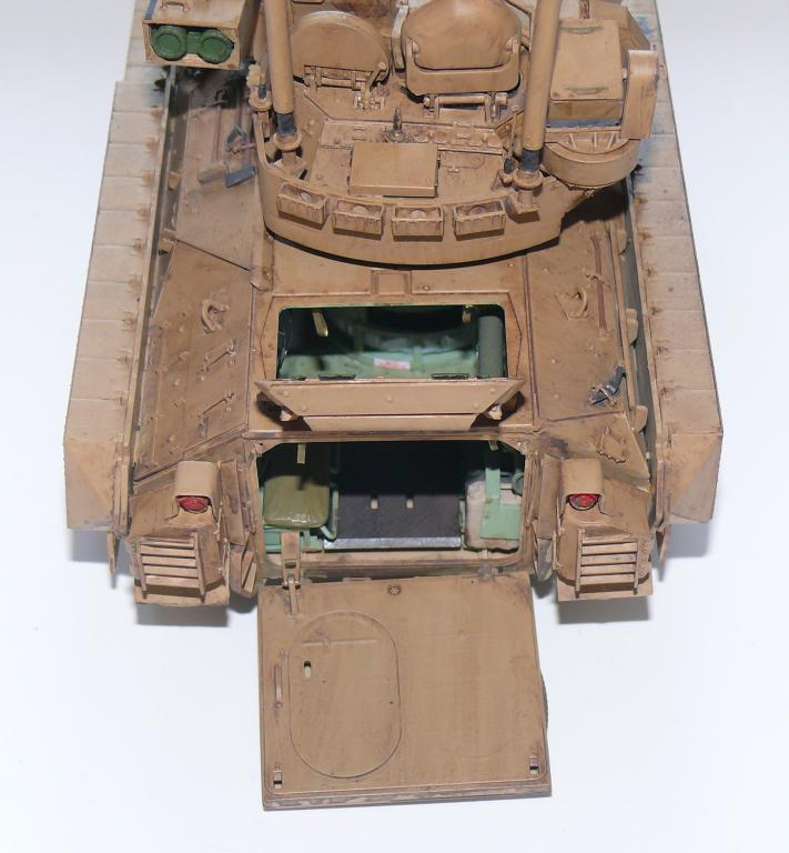 M3A3 BRADLEY w/BUSK III U.S. CAVALRY FIGHTING VEHICLE DE MENG Au 1/35 - Page 2 P1300535