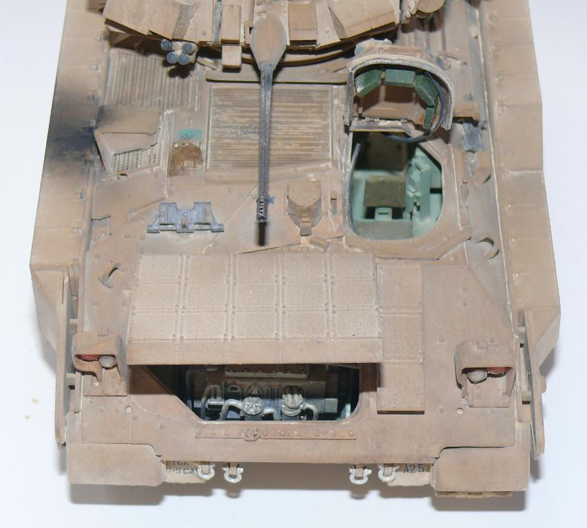 M3A3 BRADLEY w/BUSK III U.S. CAVALRY FIGHTING VEHICLE DE MENG Au 1/35 - Page 2 P1300538