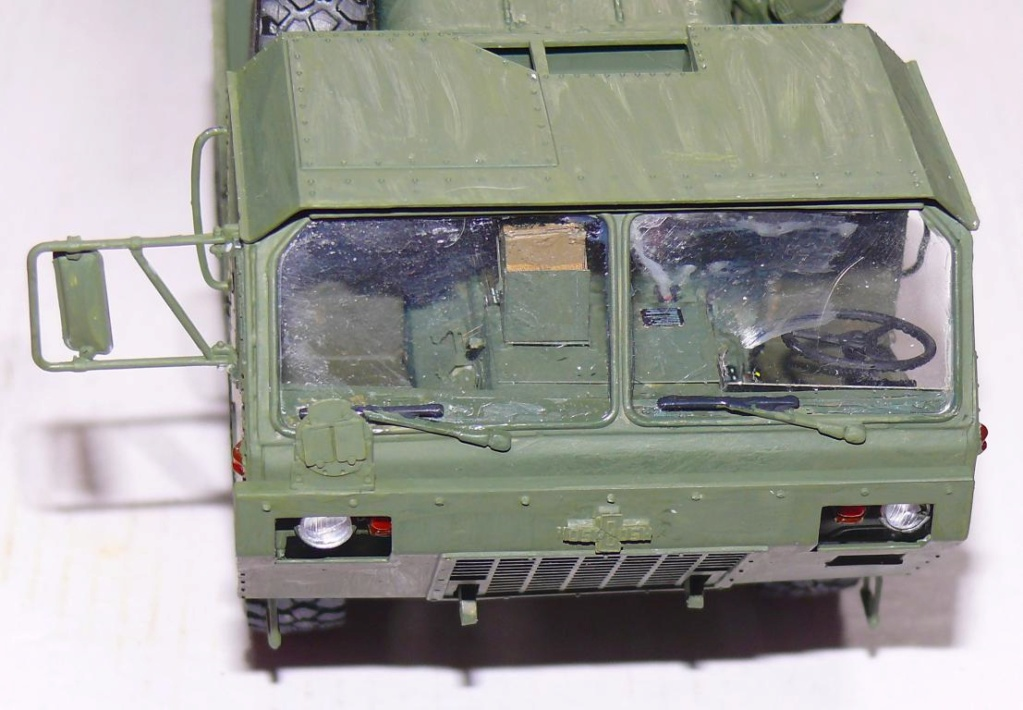 HEMTT M1120 et container Italeri au 1/35 - Page 2 P1300727