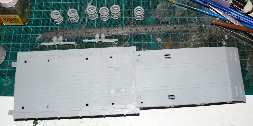 HEMTT M983A2 et Semi remorque M870A1 de TRUMPETER au 1/35 - Page 2 P1330217