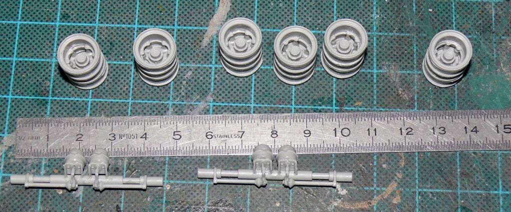 HEMTT M983A2 et Semi remorque M870A1 de TRUMPETER au 1/35 - Page 2 P1330218