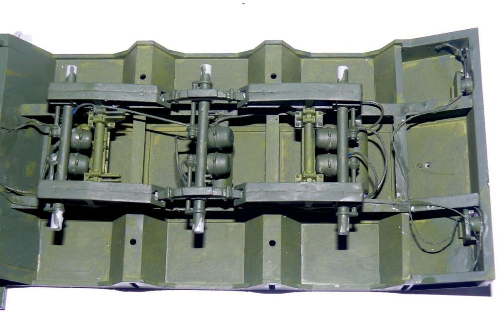 HEMTT M983A2 et Semi remorque M870A1 de TRUMPETER au 1/35 - Page 2 P1330224