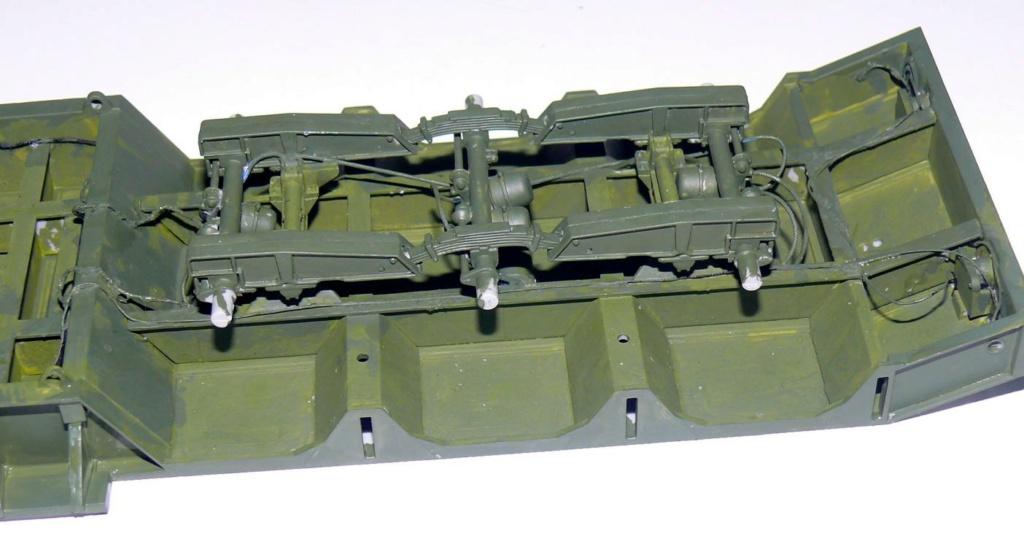 HEMTT M983A2 et Semi remorque M870A1 de TRUMPETER au 1/35 - Page 2 P1330227