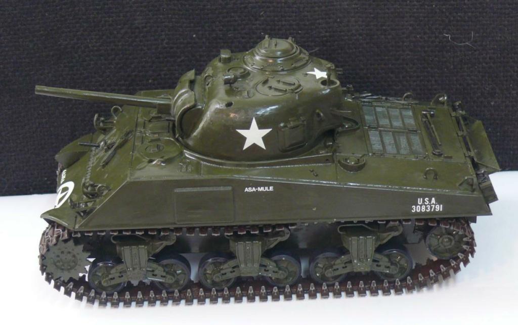 Sherman M4A3 d'e Tamiya au 1/35 + adaptation de Solution Box MIG Sherm103