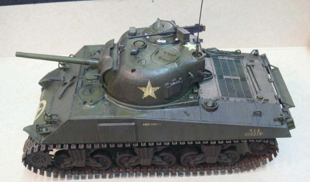 Sherman M4A3 d'e Tamiya au 1/35 + adaptation de Solution Box MIG Sherm119