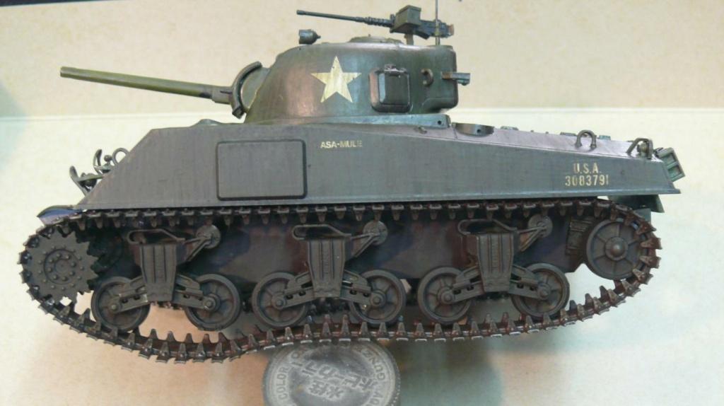 Sherman M4A3 d'e Tamiya au 1/35 + adaptation de Solution Box MIG Sherm124