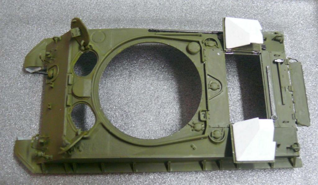 Sherman M4A3 (E8) HVSS de Rye Fields Model au 1/35 avec intérieur complet détaillé Sherm256