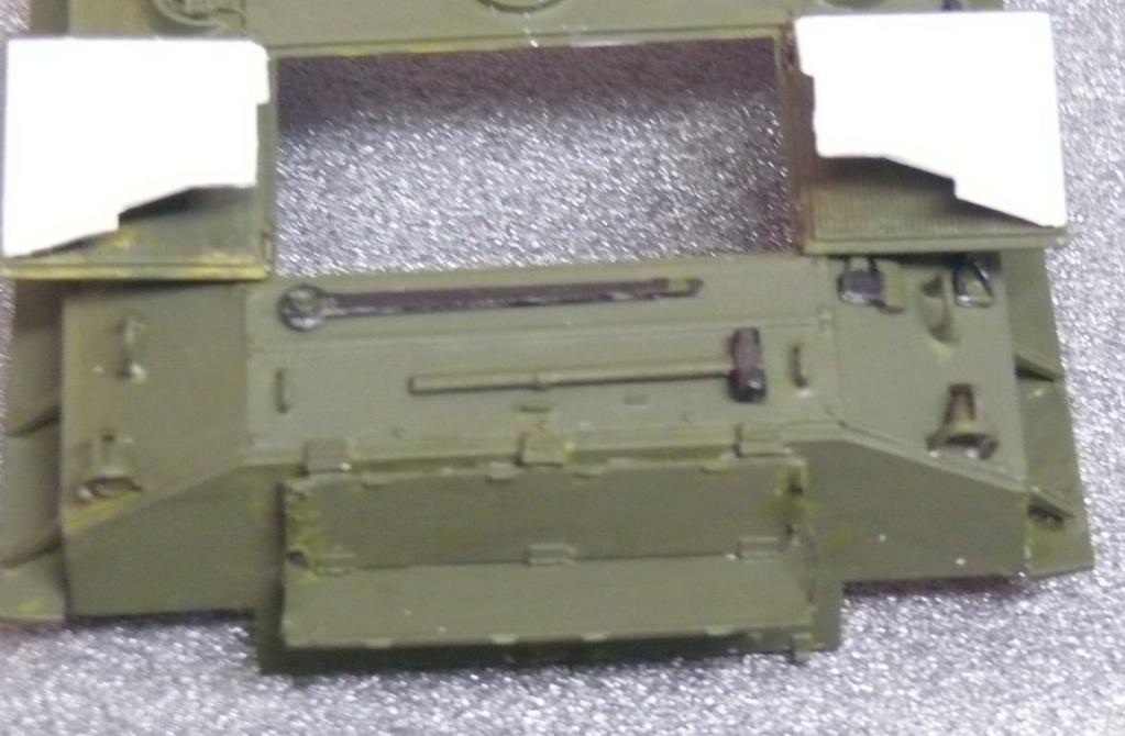 Sherman M4A3 (E8) HVSS de Rye Fields Model au 1/35 avec intérieur complet détaillé Sherm257