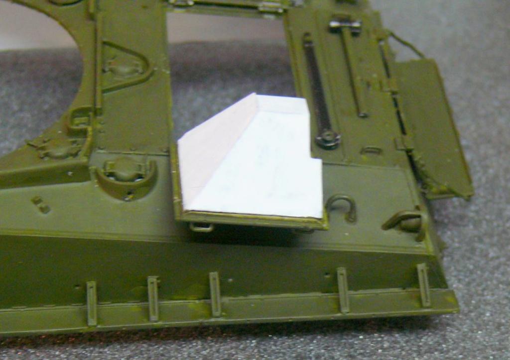 Sherman M4A3 (E8) HVSS de Rye Fields Model au 1/35 avec intérieur complet détaillé Sherm258