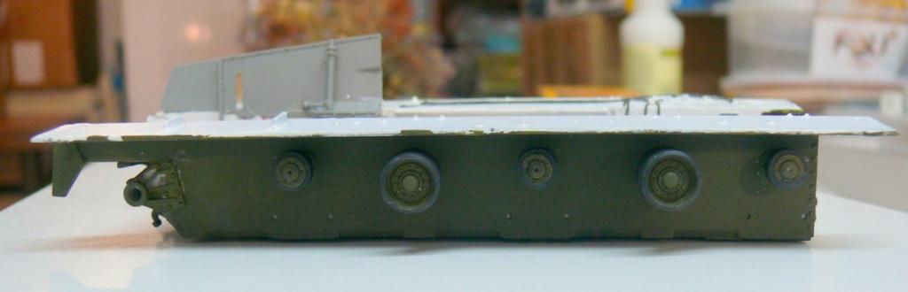 Sherman M4A3 (E8) HVSS de Rye Fields Model au 1/35 avec intérieur complet détaillé Sherm280