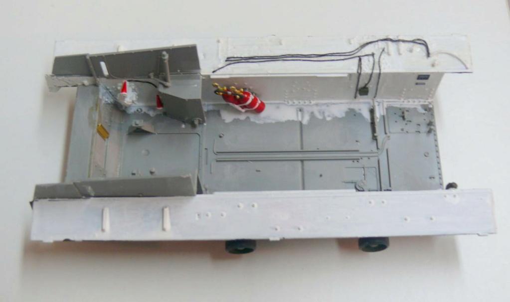 Sherman M4A3 (E8) HVSS de Rye Fields Model au 1/35 avec intérieur complet détaillé Sherm288