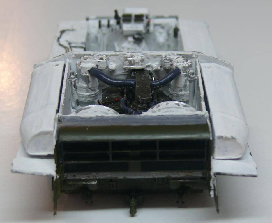 Sherman M4A3 (E8) HVSS de Rye Fields Model au 1/35 avec intérieur complet détaillé - Page 2 Sherm375