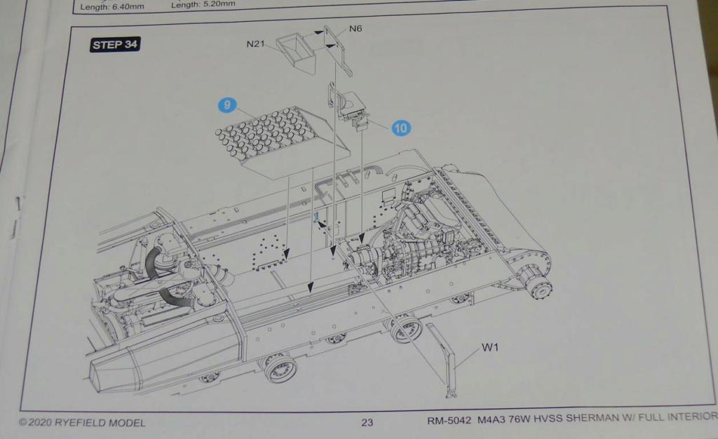 Sherman M4A3 (E8) HVSS de Rye Fields Model au 1/35 avec intérieur complet détaillé - Page 2 Sherm378