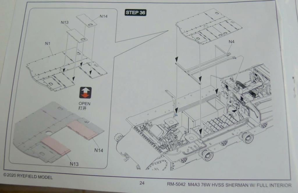 Sherman M4A3 (E8) HVSS de Rye Fields Model au 1/35 avec intérieur complet détaillé - Page 2 Sherm400