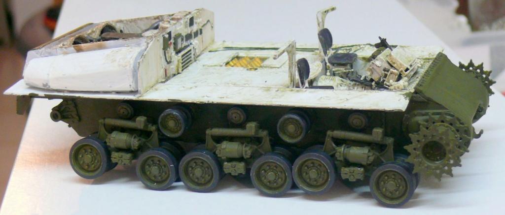 Sherman M4A3 (E8) HVSS de Rye Fields Model au 1/35 avec intérieur complet détaillé - Page 2 Sherm423