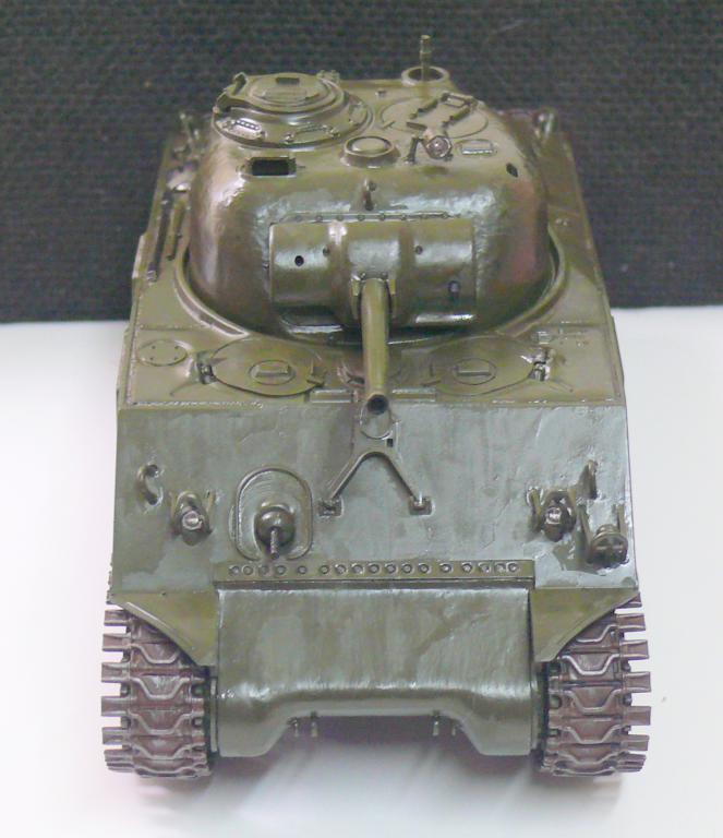 Sherman M4A3 d'e Tamiya au 1/35 + adaptation de Solution Box MIG Sherma89