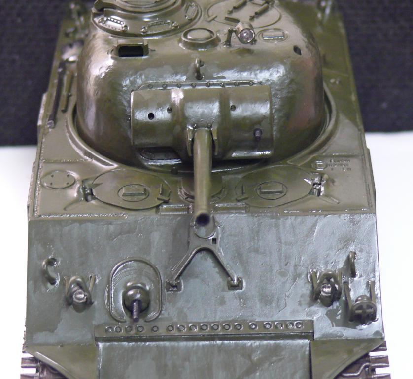 Sherman M4A3 d'e Tamiya au 1/35 + adaptation de Solution Box MIG Sherma92