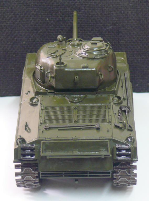 Sherman M4A3 d'e Tamiya au 1/35 + adaptation de Solution Box MIG Sherma98