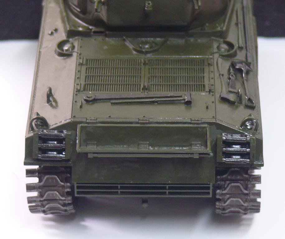 Sherman M4A3 d'e Tamiya au 1/35 + adaptation de Solution Box MIG Sherma99