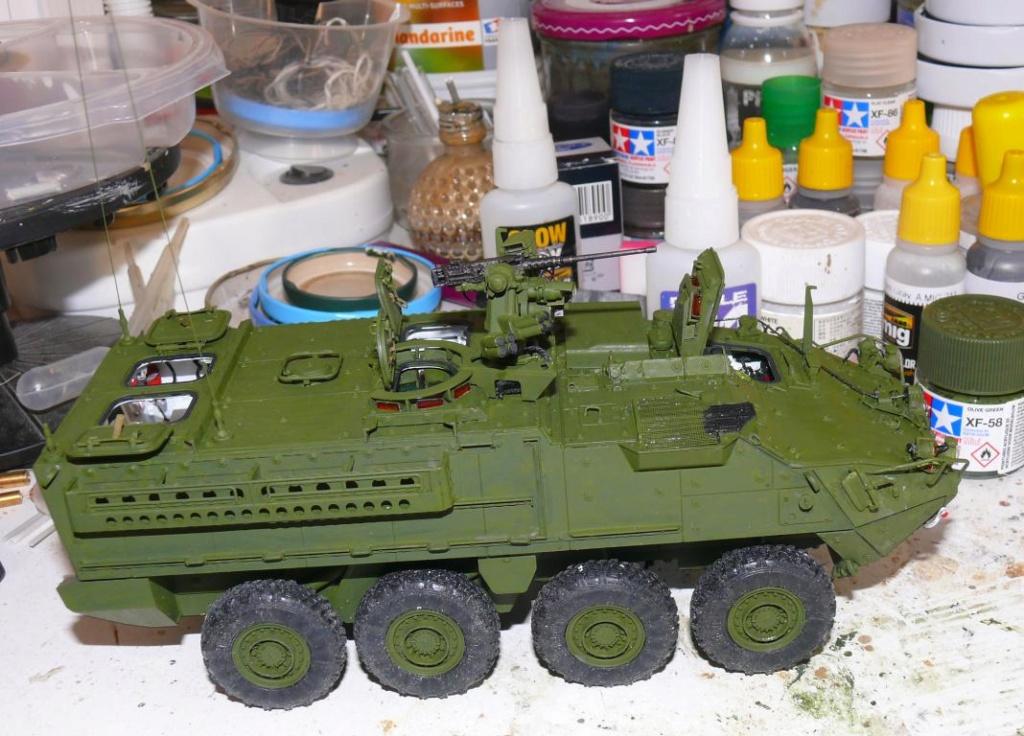 Stryker M1126 de AFV Club et détaillage intérieur Black Dog au 1/35 Stryk100