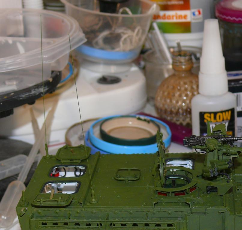 Stryker M1126 de AFV Club et détaillage intérieur Black Dog au 1/35 Stryk101