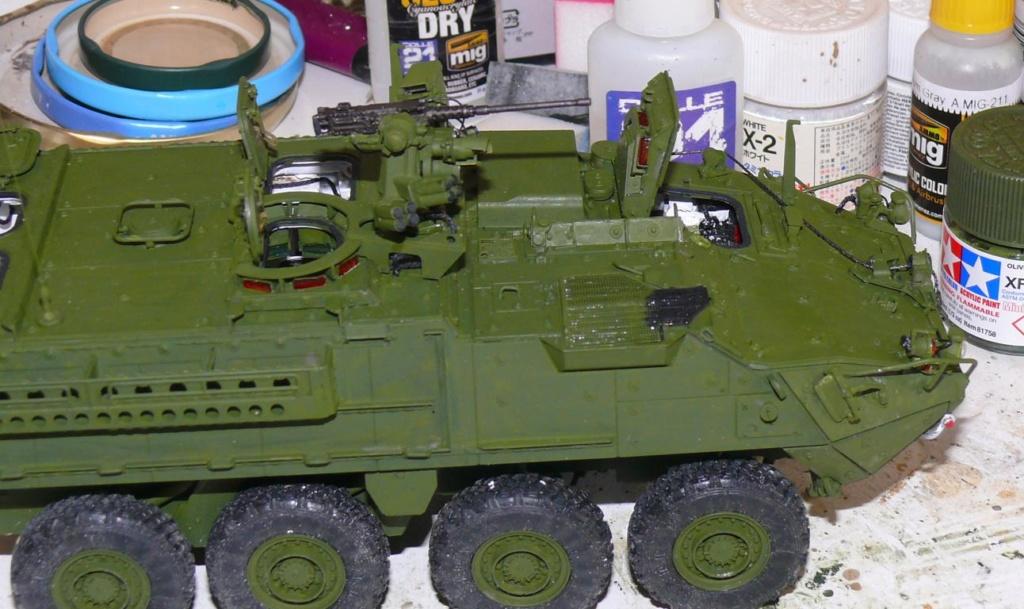 Stryker M1126 de AFV Club et détaillage intérieur Black Dog au 1/35 Stryk103
