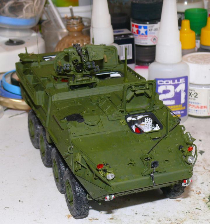 Stryker M1126 de AFV Club et détaillage intérieur Black Dog au 1/35 Stryk104