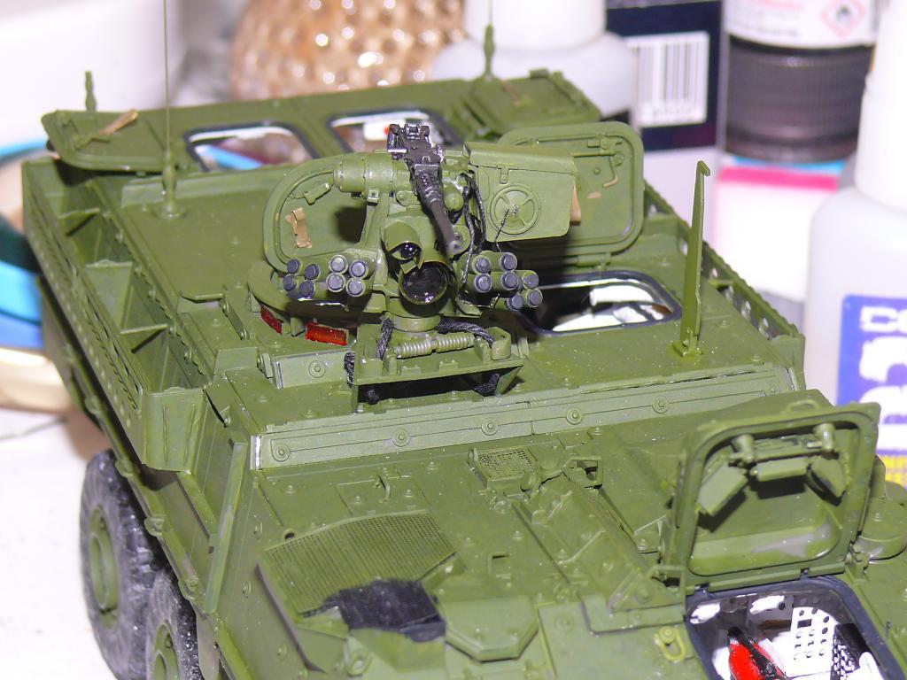 Stryker M1126 de AFV Club et détaillage intérieur Black Dog au 1/35 Stryk109