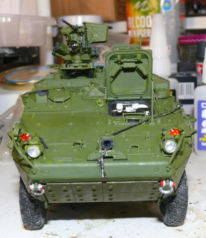 Stryker M1126 de AFV Club et détaillage intérieur Black Dog au 1/35 Stryk110