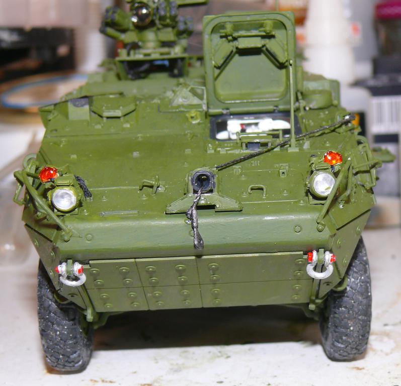 Stryker M1126 de AFV Club et détaillage intérieur Black Dog au 1/35 Stryk114
