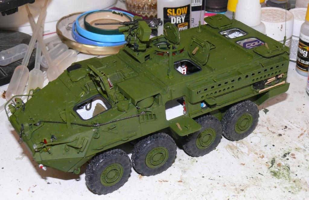 Stryker M1126 de AFV Club et détaillage intérieur Black Dog au 1/35 Stryk115