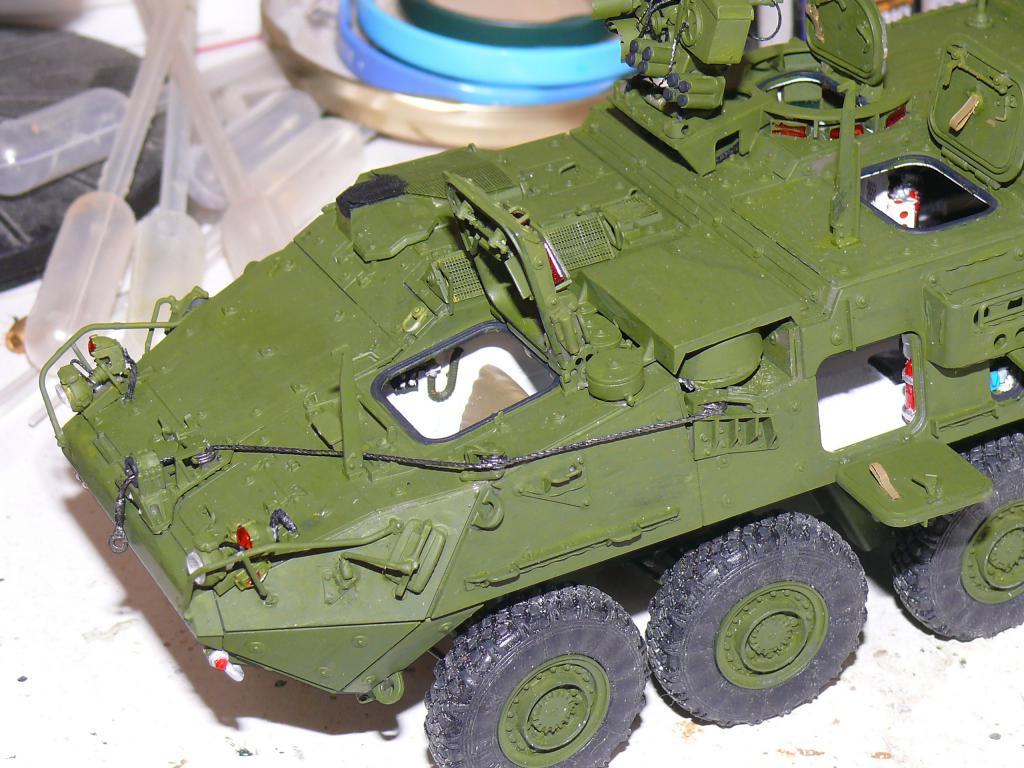 Stryker M1126 de AFV Club et détaillage intérieur Black Dog au 1/35 Stryk118