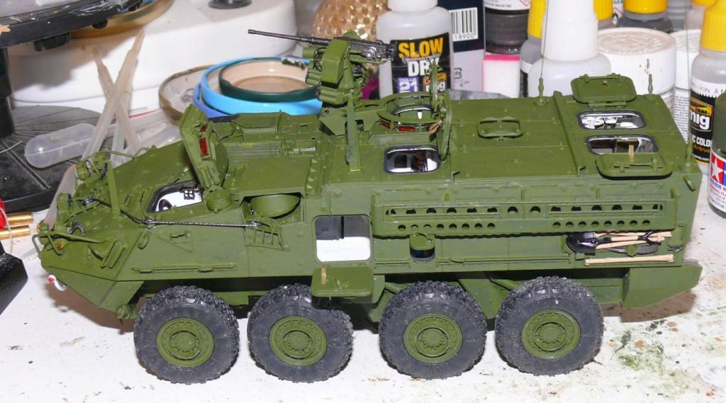 Stryker M1126 de AFV Club et détaillage intérieur Black Dog au 1/35 Stryk120