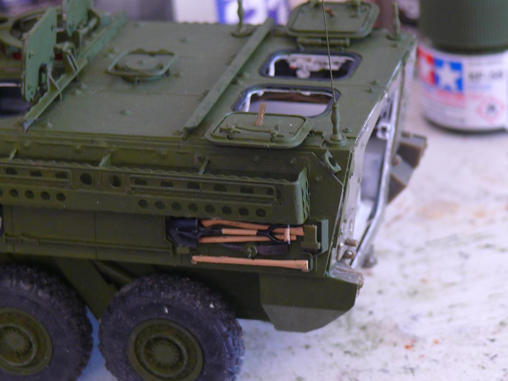 Stryker M1126 de AFV Club et détaillage intérieur Black Dog au 1/35 - Page 2 Stryk131