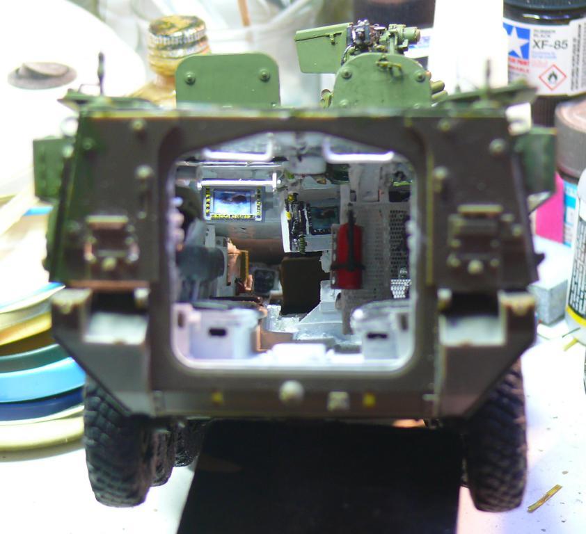 Stryker M1126 de AFV Club et détaillage intérieur Black Dog au 1/35 - Page 2 Stryk133