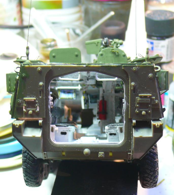 Stryker M1126 de AFV Club et détaillage intérieur Black Dog au 1/35 - Page 2 Stryk134