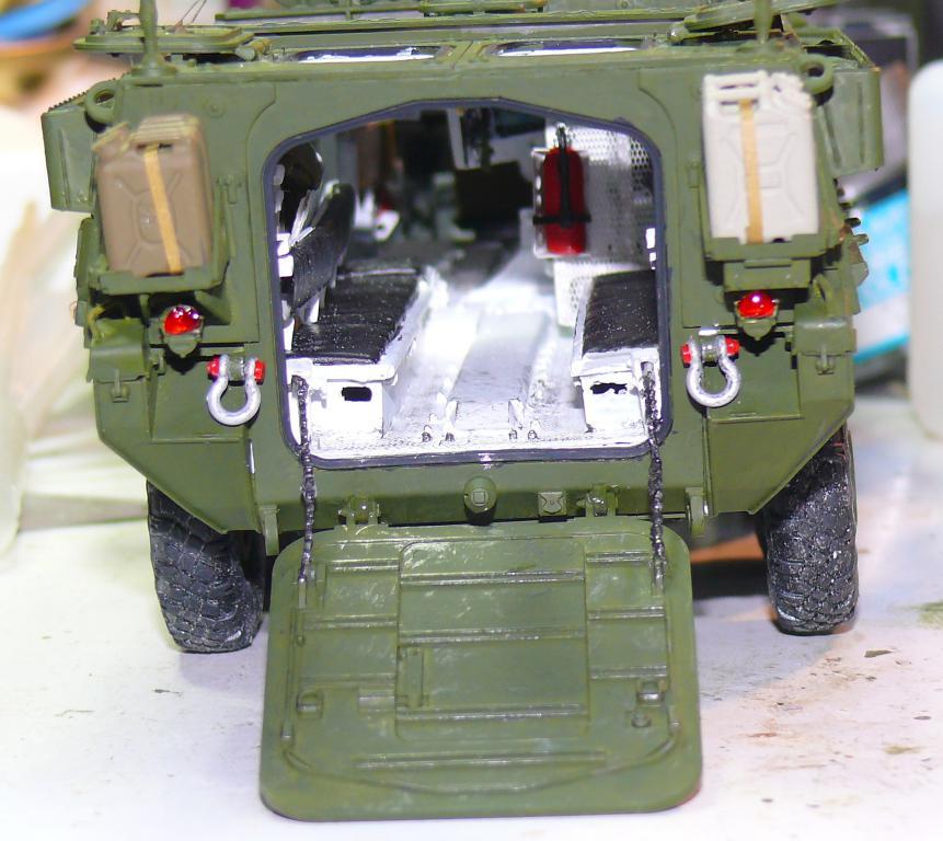 Stryker M1126 de AFV Club et détaillage intérieur Black Dog au 1/35 - Page 2 Stryk140