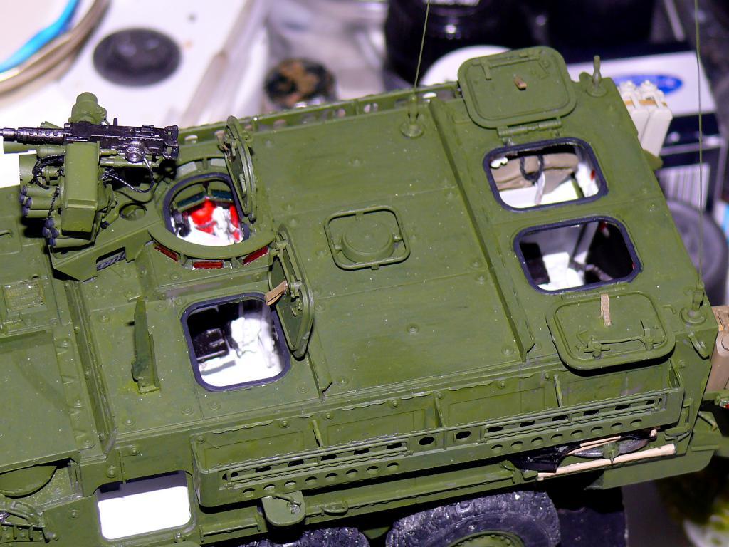 Stryker M1126 de AFV Club et détaillage intérieur Black Dog au 1/35 - Page 2 Stryk154