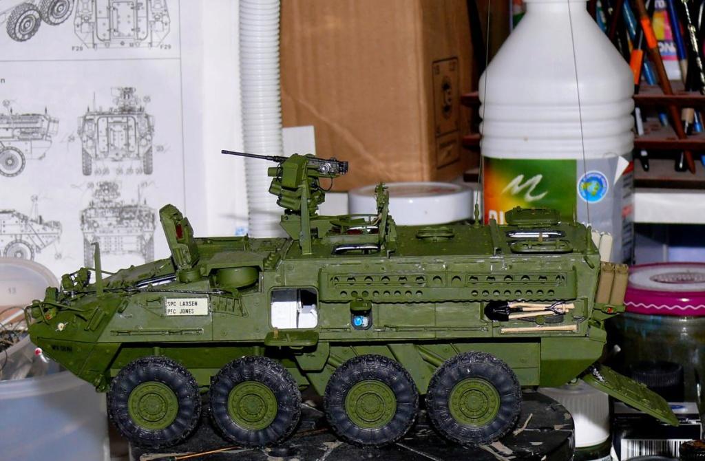 Stryker M1126 de AFV Club et détaillage intérieur Black Dog au 1/35 - Page 2 Stryk158
