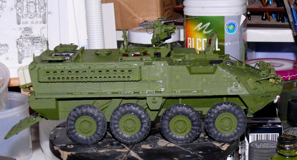 Stryker M1126 de AFV Club et détaillage intérieur Black Dog au 1/35 - Page 2 Stryk163